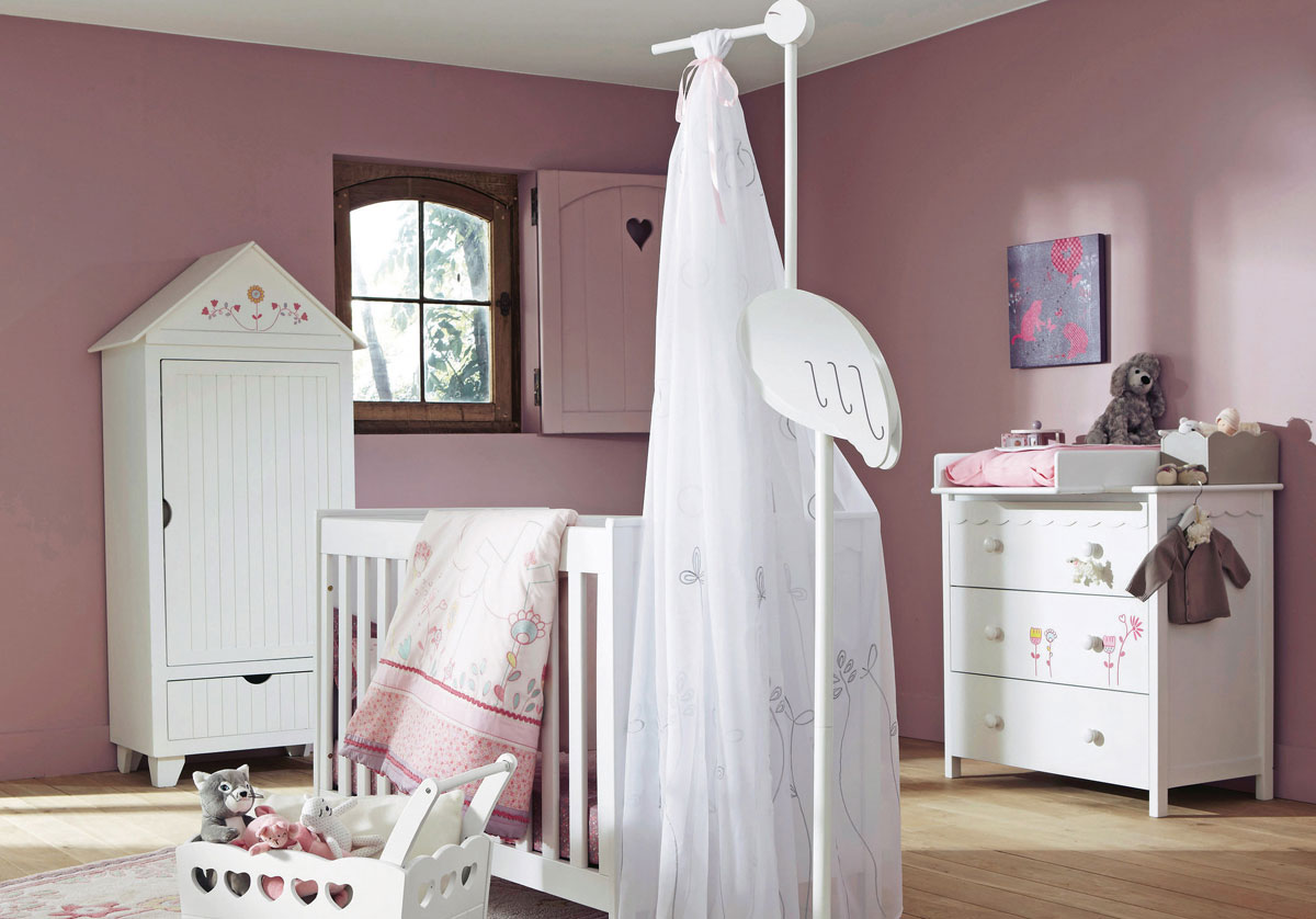 delightful-design-cute-pink-baby-girl-nursery-room