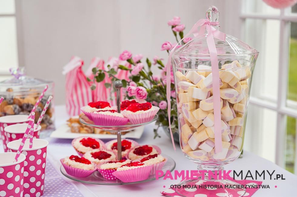 Wybitny Słodki stół na pierwszych urodzinach Natalki | PK73